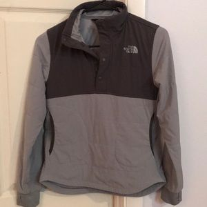 North face mountain pullover